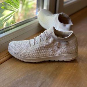 Skechers Shoes   Skechers Go Walk